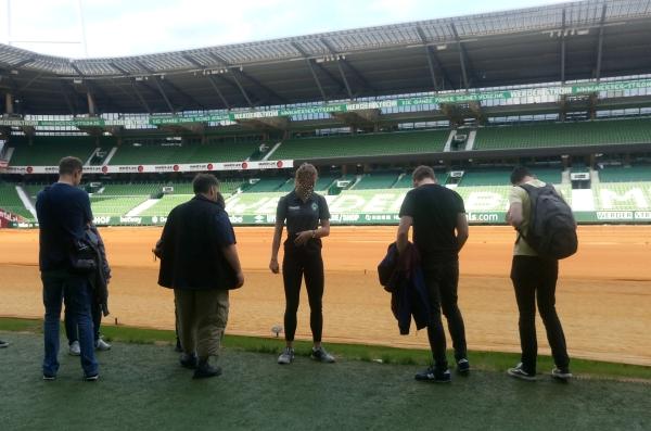 Blick von der Trainerbank im Weserstadion
